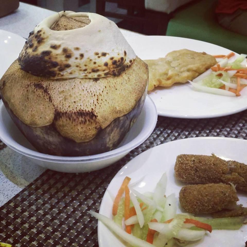 Durga Puja's Foodgasm | দুর্গা পূজার ভুরি ভোজ